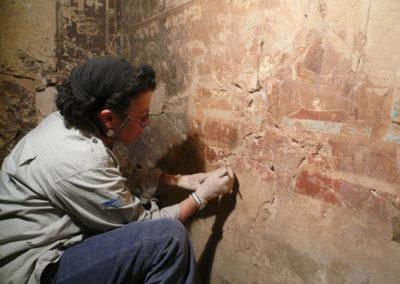 Inicio de los trabajos de conservación de las paredes de la tumba de Djehuty