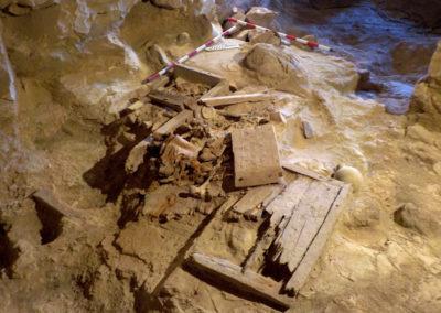 Estado de la excavación en el interior de la tumba asociada al jardín.